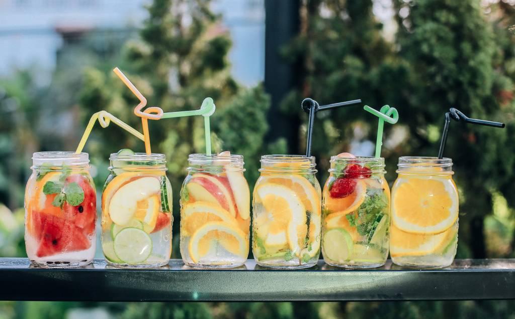 Una rutina ayurvédica para el verano es hidratarse