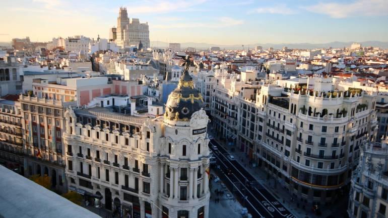 Estudiar Āyurveda en Madrid: cómo elegir la mejor escuela