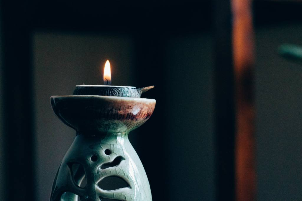meditación mirando un objeto